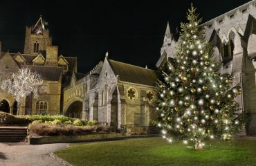 [:ru]medium-DublinAtChristmas_Christchurch2_with_light[:]